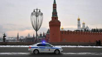 На мосту в центре Москвы нашли изрезанное тело мужчины