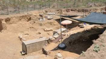 В Турции нашли надгробие  возрастом почти две тысячи лет