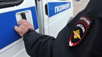 На входе в опечатанный московский клуб Adrenaline Stadium сорвали пломбы
